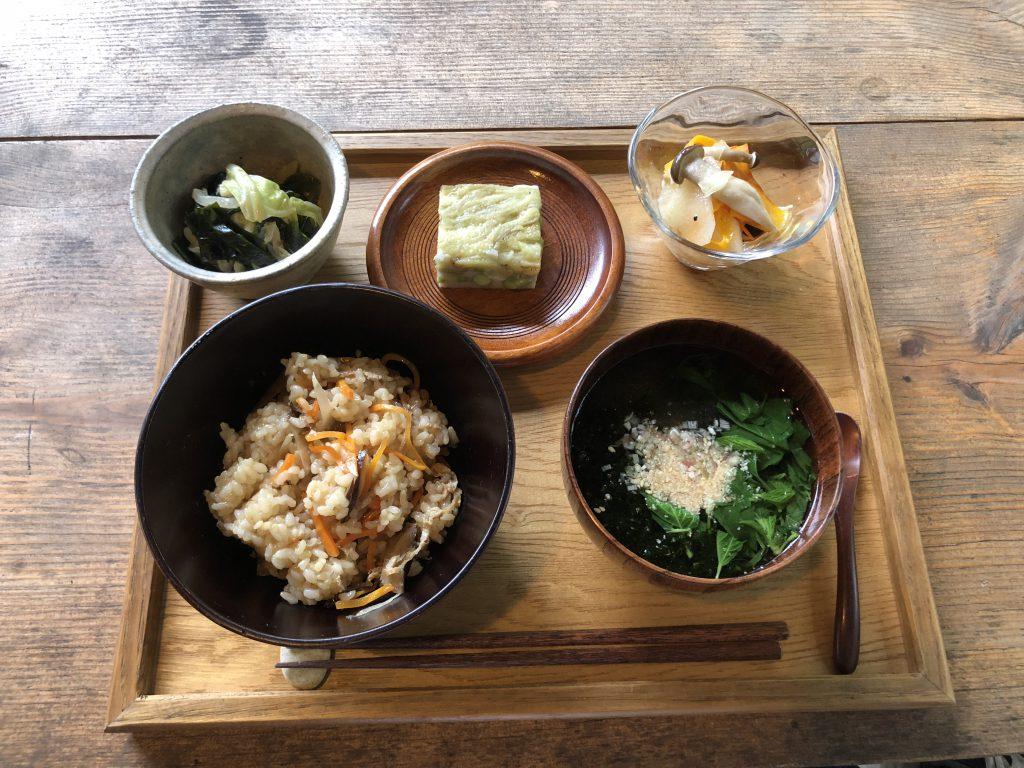 穂高養生園のマクロビ食の写真